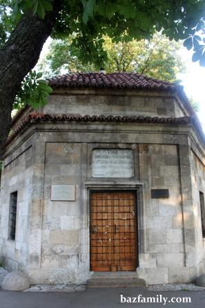Damat Ali Paşa Türbesi