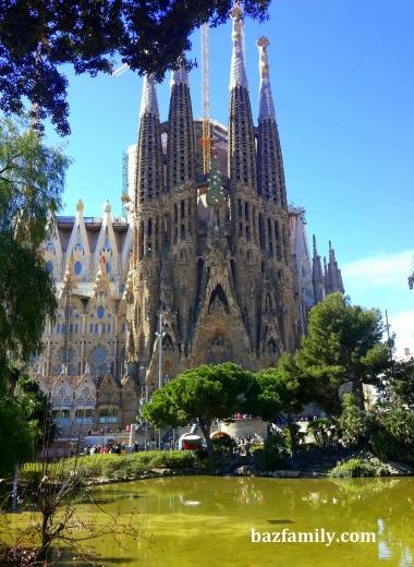 Sagrada Familia - Bitmeyen Kilise