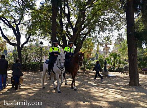 Parc Ciutadella - Atlı Polisler
